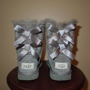 UGG Australia Gray Bailey Bow Girl Kids Boots 13